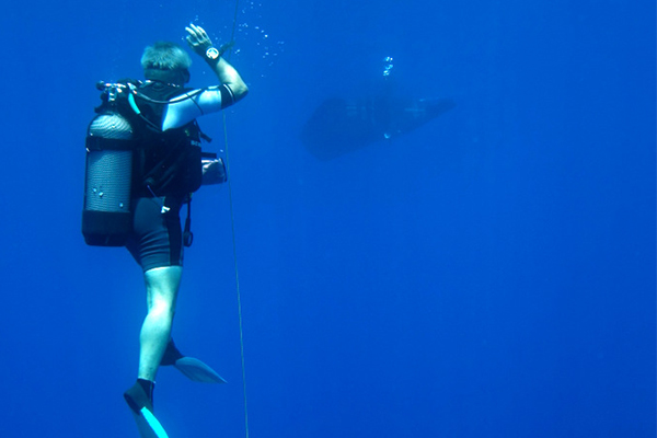 Self-guided recreational dives with your own equipment